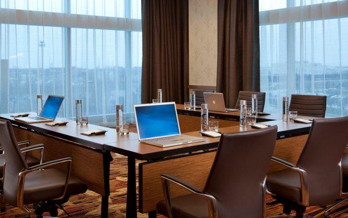 Corporate Meeting Workspaces
